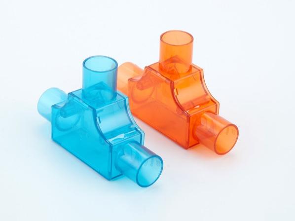 PVC红蓝透明带盖三通